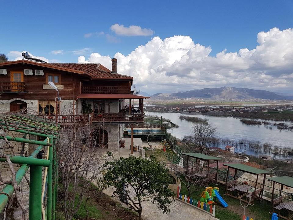 Hotel Shpija e Gjyshit